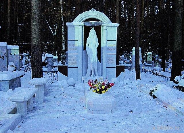 Екатеринбург: Широкореченское кладбище